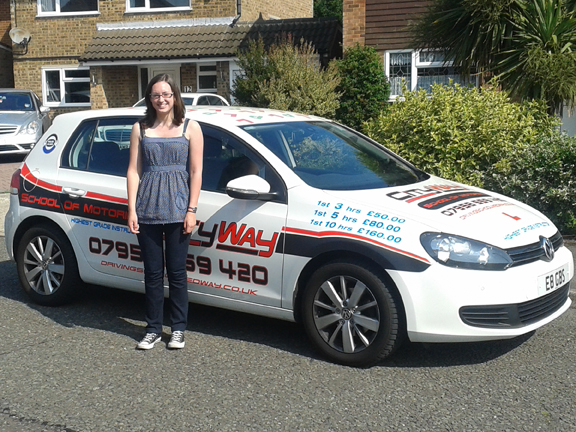 Join Hannah and enjoy your driving lessons Medway, Gravesend and Maidstone areas.