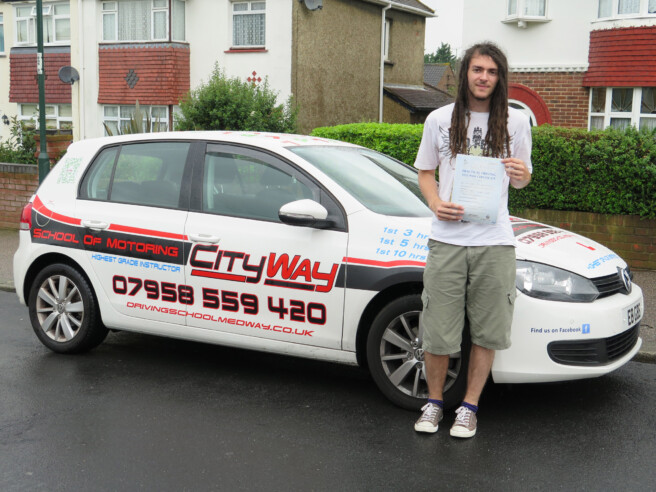 Driving Lessons Rainham | Our Success is your Independence !