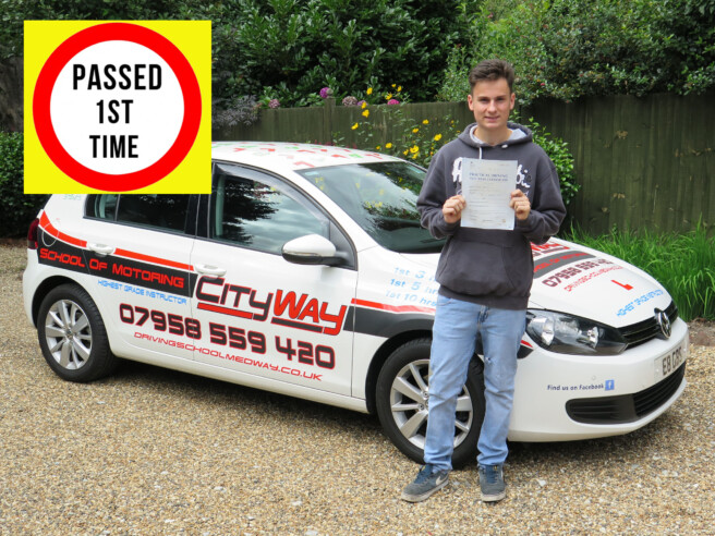Driving Lessons Gravesend | No 1 choice for a 1ST TIME PASS